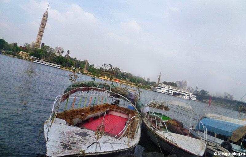 На берегу Нила в Каире
