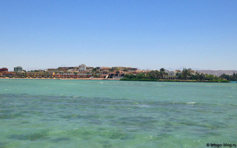 Вид на море и виллы с пирса пляжа ЗейТуна