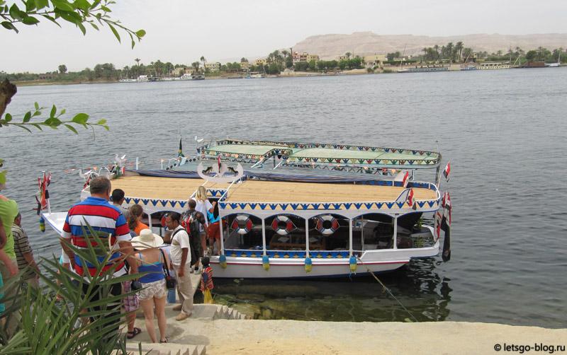 Речной кораблик на реке Нил, Луксор