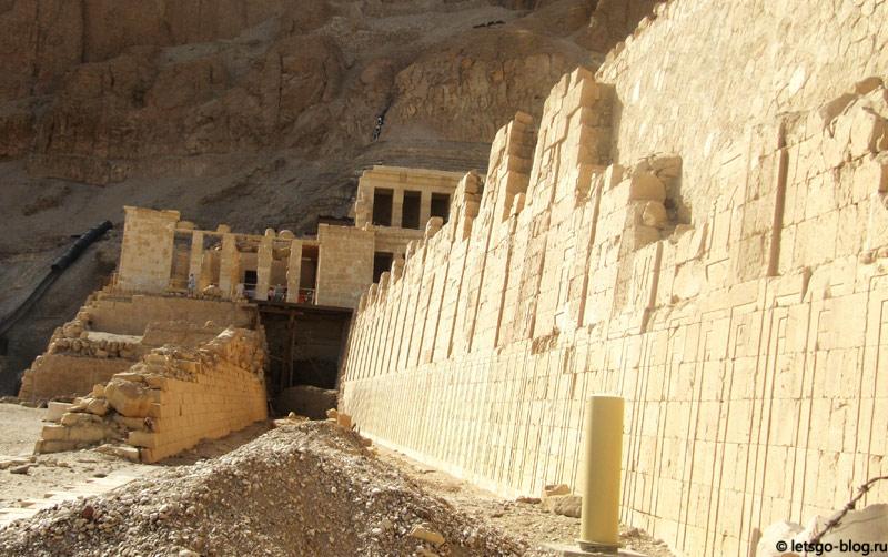 Храм Хатшепсут. Луксор. Фрагмент боковой стены
