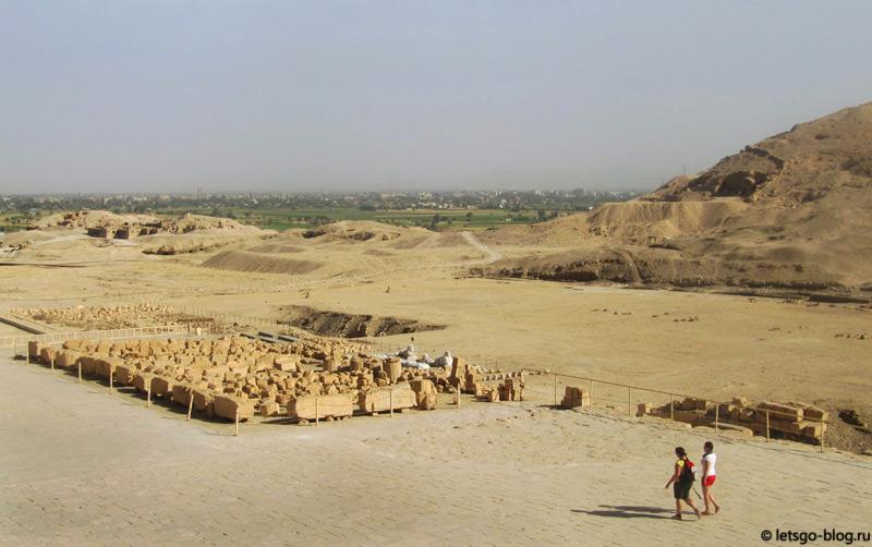 Раскопки у храма Хатшепсут. Луксор