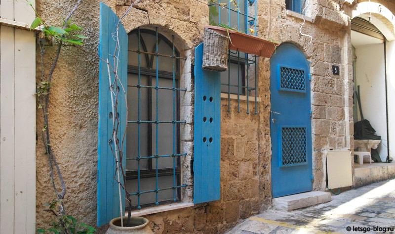 Квартал Зодиаков, Старый Яффо, синий цвет