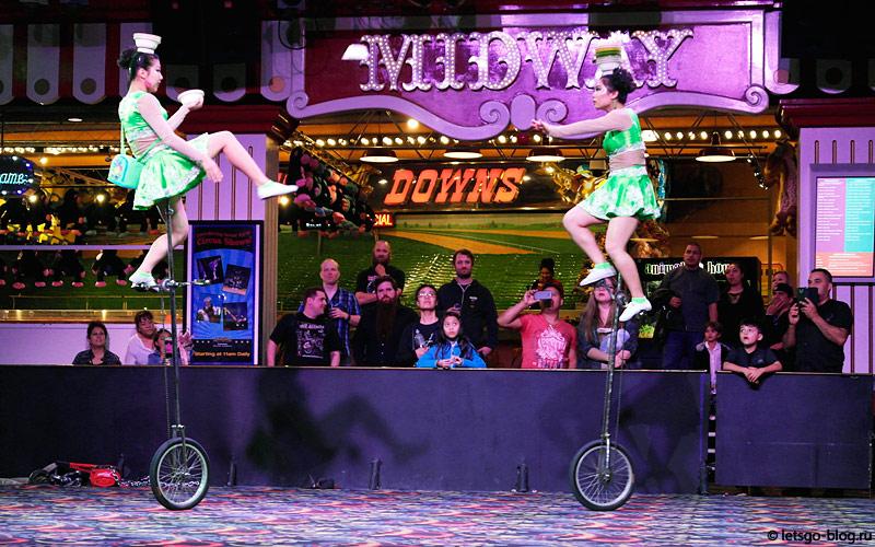 Цирковые представления в Circus Circus