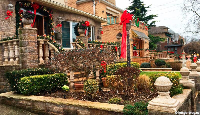 Рождественские огни в Дайкер Хайтс