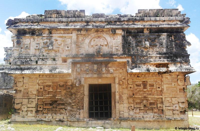 Чичен-Ица комплекс монастыря