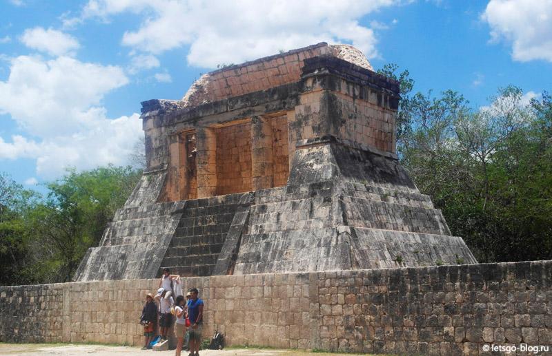 храм Бородатого человека Чичен-Ица
