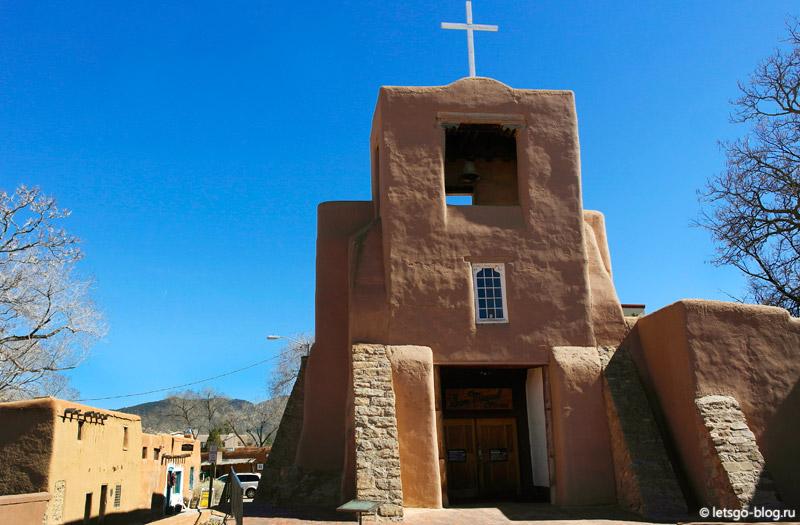 Церковь Сан Мигеля Санта-Фе