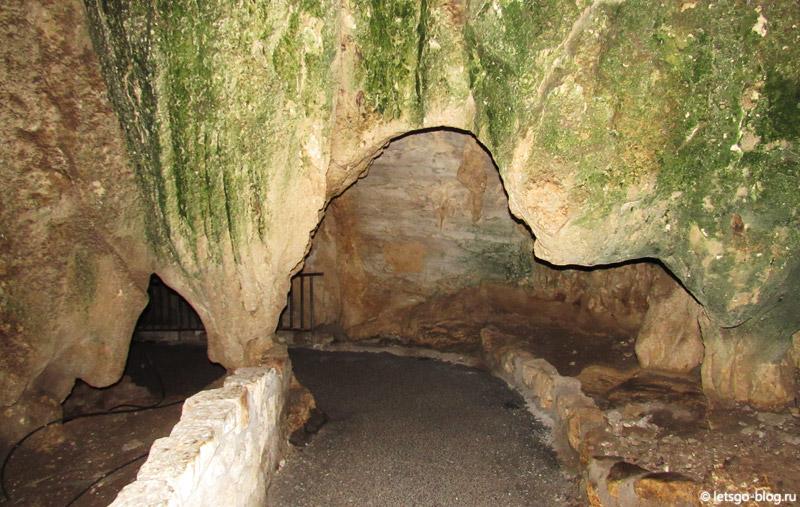 Карлсбадские пещеры, Естественный вход