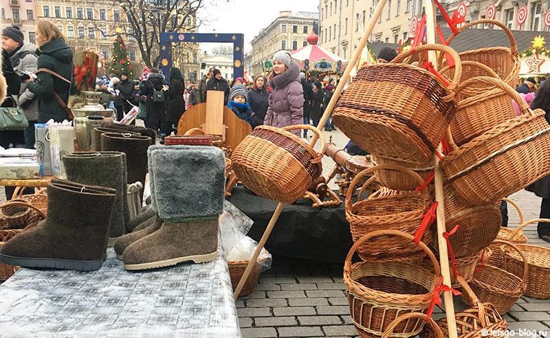 Новогодняя ярмарка на Манежной площади